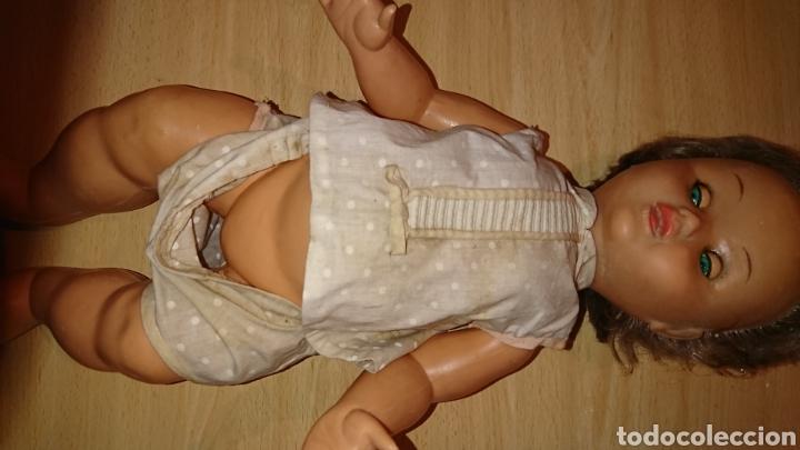 Muñecas Españolas Modernas: Antigua muñeca, de 45 cm, con mecanismo, desconozco - Foto 3 - 244409345