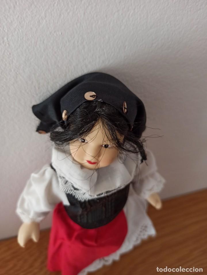 Muñecas Españolas Modernas: MUÑECA DE PORCELANA. COLECCION MUÑECAS DEL MUNDO . RBA EDICIONES GRECIA - Foto 3 - 244851975