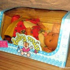 Muñecas Españolas Modernas: ANTIGUO MUÑECO BABY MIO, DE FEBER - NUEVO Y EN SU CAJA ORIGINAL. Lote 246609995