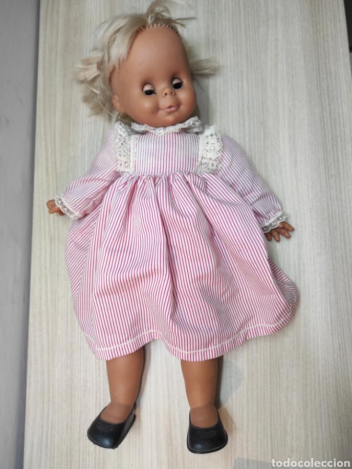 Muñecas Españolas Modernas: Muñeca cuerpo tela y brazos, piernas y cabeza goma - Foto 2 - 261896585
