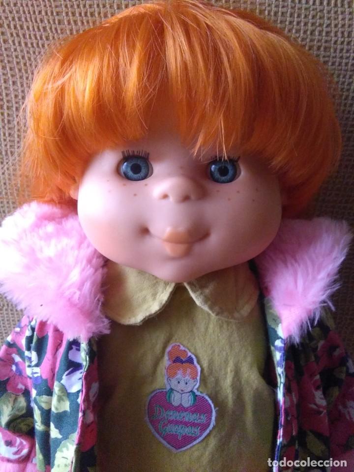 Muñecas Españolas Modernas: Muñeca Pocas Pecas Pinker + vestido Agatha Ruíz de la Prada y accesorios, buen estado, años 90 - Foto 2 - 262753830