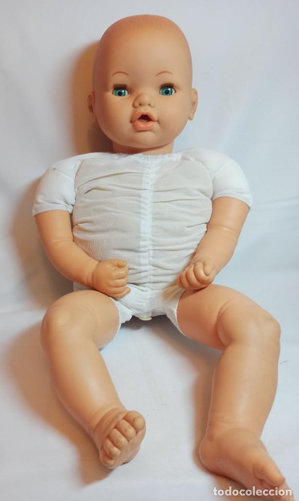 Muñecas Españolas Modernas: Muñeco bebe de Jesmar años 70 funcionando de 57 cm - Foto 7 - 263003990