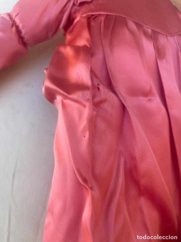 Muñecas Españolas Modernas: Pareja de muñecas de trapo BCD Barcelona centro diseño vestidos raso y capota muy bonitas pelo lana - Foto 13 - 263968290