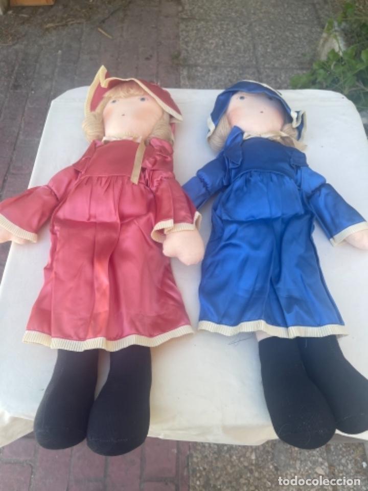 Muñecas Españolas Modernas: Pareja de muñecas de trapo BCD Barcelona centro diseño vestidos raso y capota muy bonitas pelo lana - Foto 18 - 263968290
