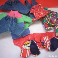Muñecas Españolas Modernas: LOTE ROPA PARA POCAS PECAS. Lote 268754234