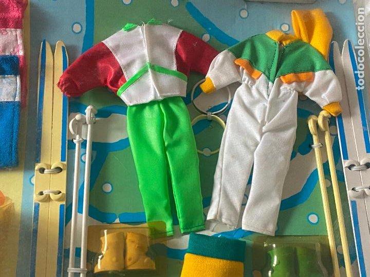 Muñecas Españolas Modernas: Chabel y Danny Sol y Nieve Conjunto Set con moto acuática – trineo 1989 Feber Nuevo en caja - Foto 8 - 278693158