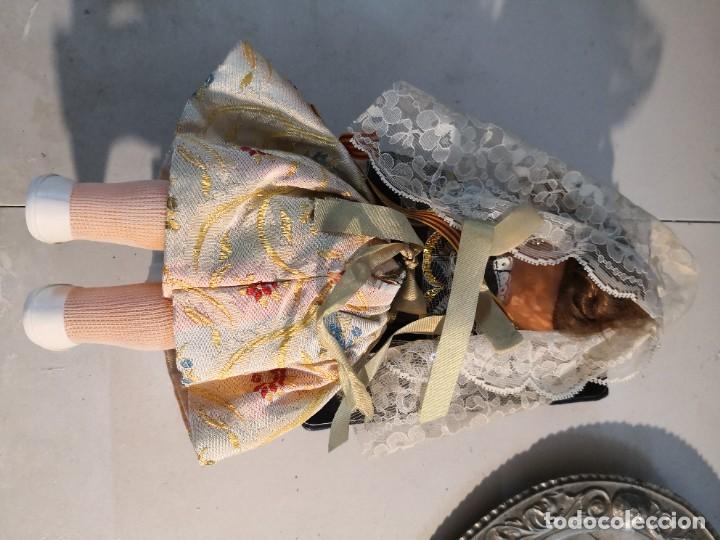Muñecas Españolas Modernas: Bonita muñeca 30 ctmos de la prestigiosa marca FOLK con traje de FALLERA años 60-70 - Foto 3 - 284358618