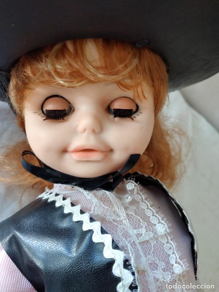Muñecas Españolas Modernas: Preciosa muñeca cordobesa, pelirroja ojos durmientes. años 70 - Foto 11 - 288602968