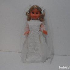 Muñecas Españolas Modernas: MUÑECA ESPANOLA COMUNION, NUEVA SIN USO, AÑOS 70, COMPLETA. Lote 292304173