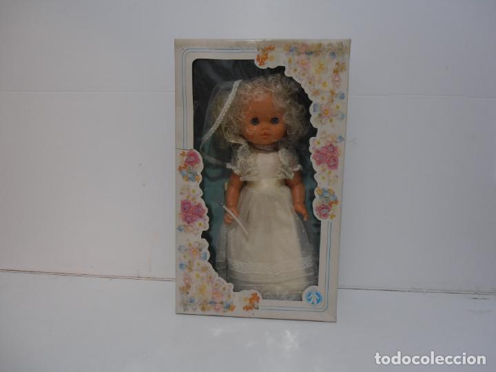 MUÑECA ESPANOLA COMUNION ALFONSO, NUEVA EN CAJA ORIGINAL SIN USO, AÑOS 70, COMPLETA (Juguetes - Otras Muñecas Españolas Modernas)