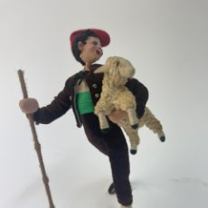 Muñecas Españolas Modernas: MUÑECO DE ALAMBRE Y TELA, PASTOR. MEDIADOS S.XX.. Lote 295471108