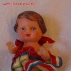 Muñecas Extranjeras: MUÑEQUITA JAPONESA DE GOMA,AÑOS 50. Lote 20013190