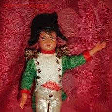 Muñecas Extranjeras: ALMIRANTE INGLES EN CELULOIDE. Lote 2839189