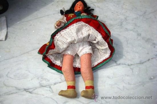 Muñecas Extranjeras: ANTIGUA MUÑECA DE TRAPO Y CARA DE CELULOIDE TIPICA DE MADEIRA - Foto 2 - 27202793