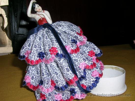 Muñecas Extranjeras: Antigua muñequita de porcelana con cajita - Foto 2 - 26292319