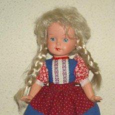 Muñecas Extranjeras: MUÑECA DE CELULOIDE VESTIDA DE HOLANDESA,AÑOS 50. Lote 21556950