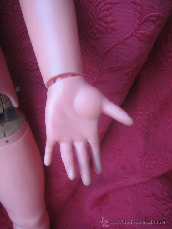 Muñecas Extranjeras: Gran y rara muñeca maniqui, andadora, creo que made in U.S.A. hacia 1950. - Foto 4 - 32917720