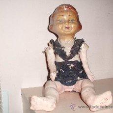Muñecas Extranjeras: ANTIGUA MUÑECA DE CARTON PIEDRA MIDE 36 CM . Lote 34545856