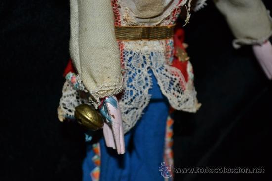 Muñecas Extranjeras: MUY ANTIGUO Y RARO MUÑECO-MUÑECA,CUERPO DE MADERA Y ALAMBRE Y CABEZA DE CERA,DE COLECCION,VER - Foto 9 - 34831014