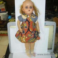 International Dolls - MUÑECAS ANTIGUA DE TRAPO DESCONOZCO EL MATERIAL DE CABEZA FIRMADA F S F - 39072927