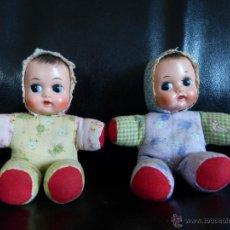Muñecas Extranjeras: MUÑECOS ALEMANES DE TELA Y GOMA ANTIGUOS. Lote 40358767