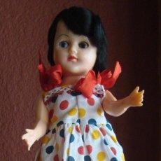 Muñecas Extranjeras: MUÑECA DE 28 CM. DE PLASTICO RIGIDO AÑOS 50 MADE IN U.S.A.. EN LA BOLSA ORIGINAL.. Lote 42439905