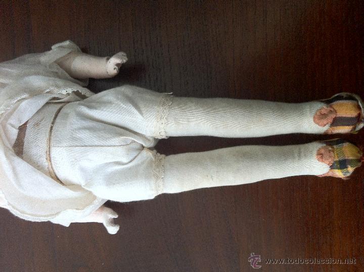 Muñecas Extranjeras: Muñeca de trapo y cartón piedra. Años 20. - Foto 3 - 42556129