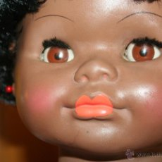 International Dolls - enorme muñeca negrita - 42571865