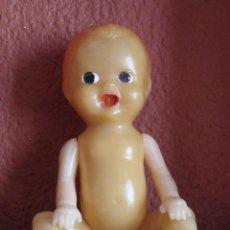 Muñecas Extranjeras: MUÑECO DE PLASTICO RIGIDO MADE IN U.S.A. CON MECANISMO INTERIOR AÑOS 60. Lote 44178434