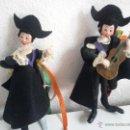 Muñecas Extranjeras: MAGNÍFICOS MUÑECOS VESTIDOS CON TRAJES TRADICIÓN SUIZA. Lote 160796086