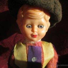Muñecas Extranjeras: BONITA MUÑECA ANTIGUA DE PASTA DURA . Lote 46659290