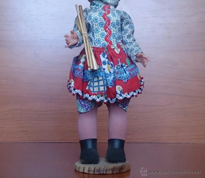 Muñecas Extranjeras: Muñeca antigua en celuloide y pvc, con traje tradicional de Alentejo ( Portugal ), ojos durmientes . - Foto 7 - 49856344
