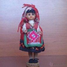 Muñecas Extranjeras: MUÑECA ANTIGUA CON CARA DE CELULOIDE, OJOS DURMIENTES Y TRAJE TRADICIONAL DE MINHO PORTUGAL .. Lote 59871404