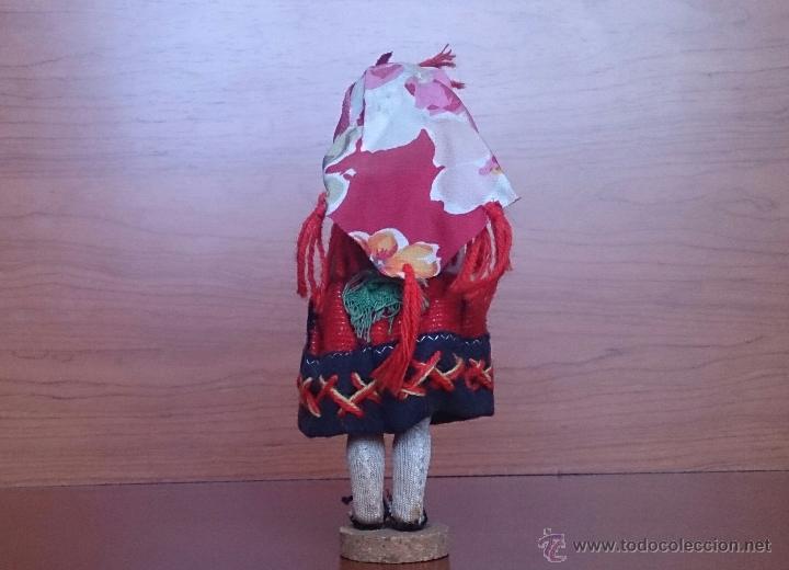 Muñecas Extranjeras: Muñeca antigua con cara de celuloide, ojos durmientes y traje tradicional de Minho Portugal . - Foto 3 - 59871404