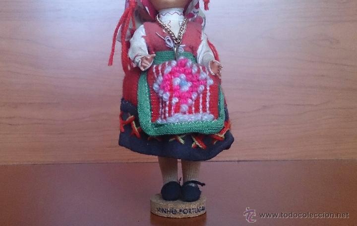 Muñecas Extranjeras: Muñeca antigua con cara de celuloide, ojos durmientes y traje tradicional de Minho Portugal . - Foto 7 - 59871404