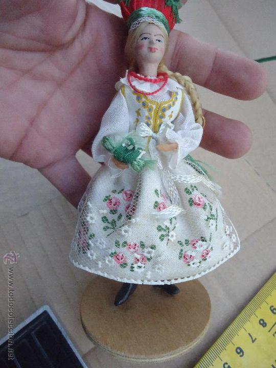 Muñecas Extranjeras: precioso muñeco muñeca traje regional realizado a mano, cabeza barro pintada a mano poland - Foto 3 - 52938660