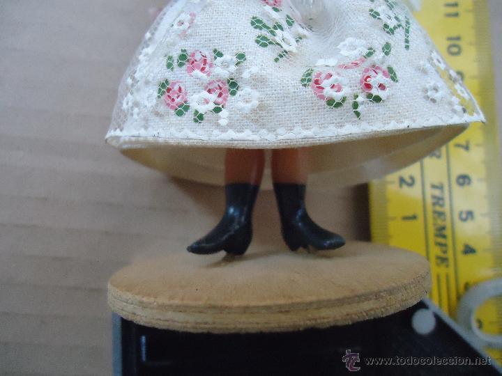 Muñecas Extranjeras: precioso muñeco muñeca traje regional realizado a mano, cabeza barro pintada a mano poland - Foto 10 - 52938660