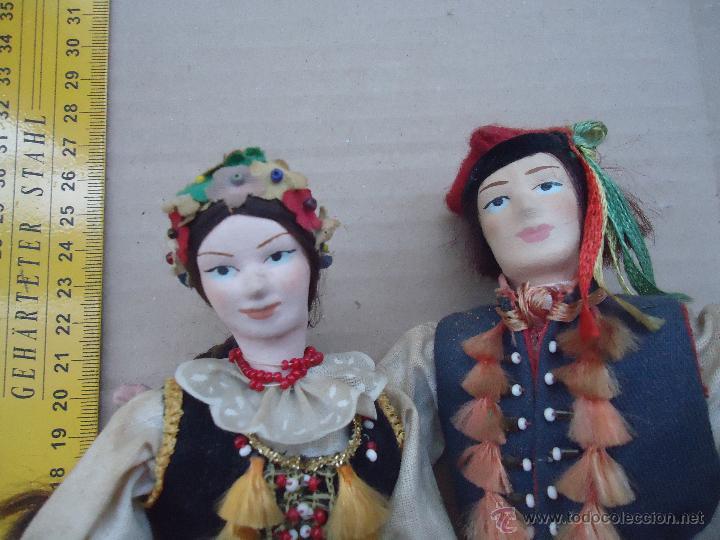 Muñecas Extranjeras: preciosa pareja muñeco muñeca traje regional realizado y pintado a mano, - Foto 2 - 52939326