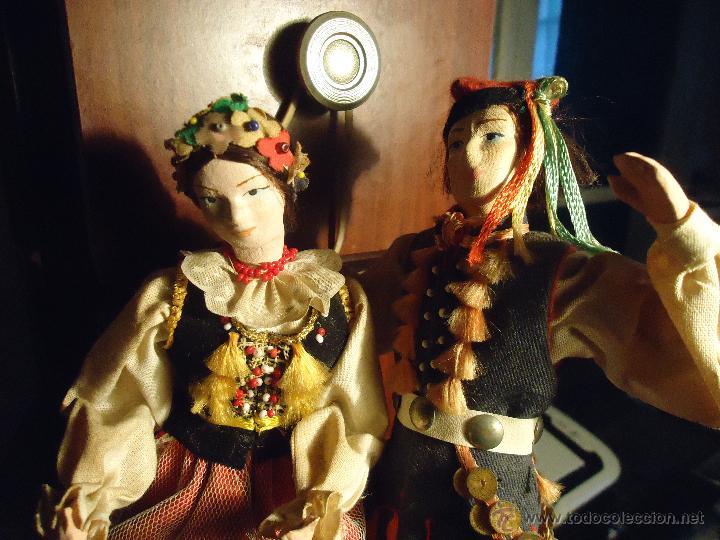Muñecas Extranjeras: preciosa pareja muñeco muñeca traje regional realizado y pintado a mano, - Foto 3 - 52939326