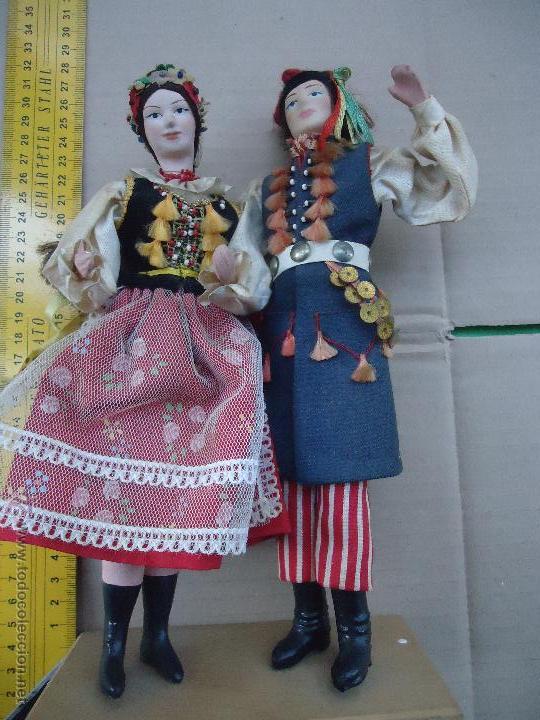 Muñecas Extranjeras: preciosa pareja muñeco muñeca traje regional realizado y pintado a mano, - Foto 5 - 52939326