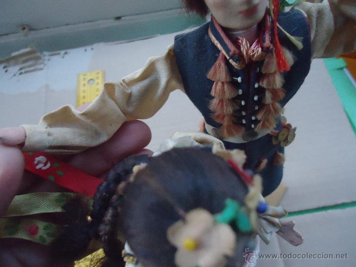 Muñecas Extranjeras: preciosa pareja muñeco muñeca traje regional realizado y pintado a mano, - Foto 8 - 52939326