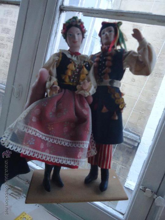 Muñecas Extranjeras: preciosa pareja muñeco muñeca traje regional realizado y pintado a mano, - Foto 11 - 52939326