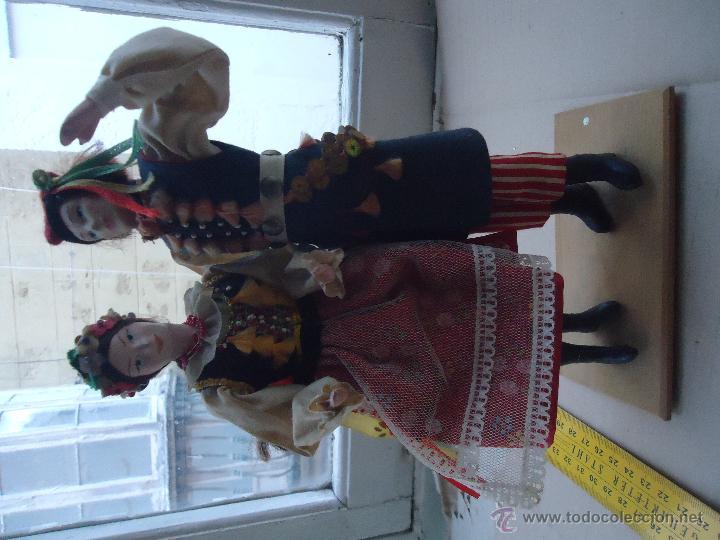 Muñecas Extranjeras: preciosa pareja muñeco muñeca traje regional realizado y pintado a mano, - Foto 13 - 52939326