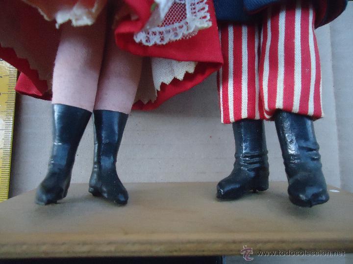 Muñecas Extranjeras: preciosa pareja muñeco muñeca traje regional realizado y pintado a mano, - Foto 18 - 52939326