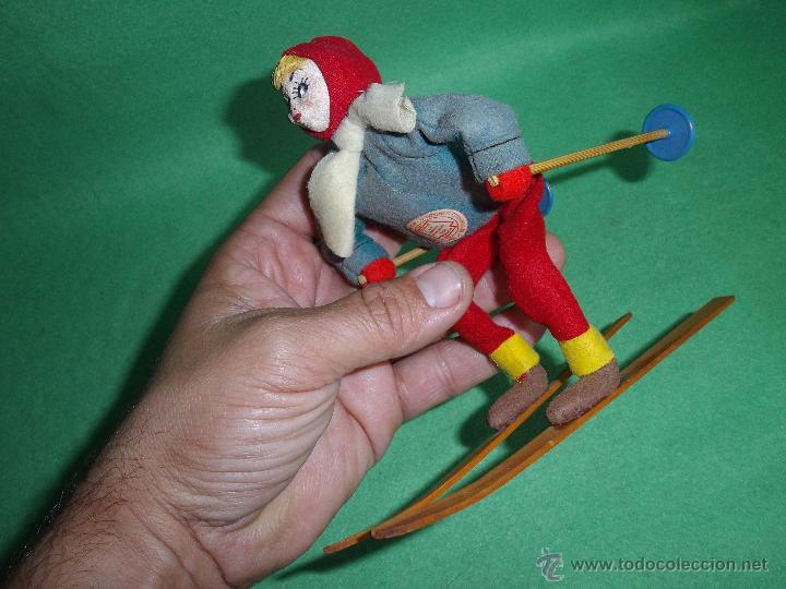 PRECIOSA MUÑECA ESQUIADORA FIELTRO ALAMBRE NAPCO JAPAN AÑOS 50 PINTADO ESQUI SKI ROLDAN KLUMPE (Juguetes - Muñeca Extranjera Antigua - Otras Muñecas)
