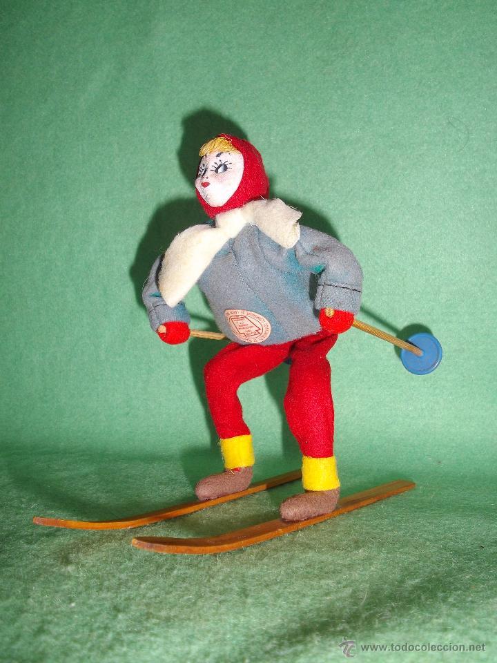 Muñecas Extranjeras: PRECIOSA MUÑECA ESQUIADORA FIELTRO ALAMBRE NAPCO JAPAN AÑOS 50 PINTADO ESQUI SKI ROLDAN KLUMPE - Foto 6 - 54361449