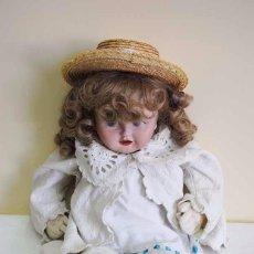 Muñecas Extranjeras: MUÑECA ANTIGUA DE TRAPO. Lote 57115887