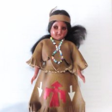Muñecas Extranjeras: MUÑECA INDIA - FABRICADA POR CARLSON DOLLS - MADE IN USA 1950S. Lote 57814637