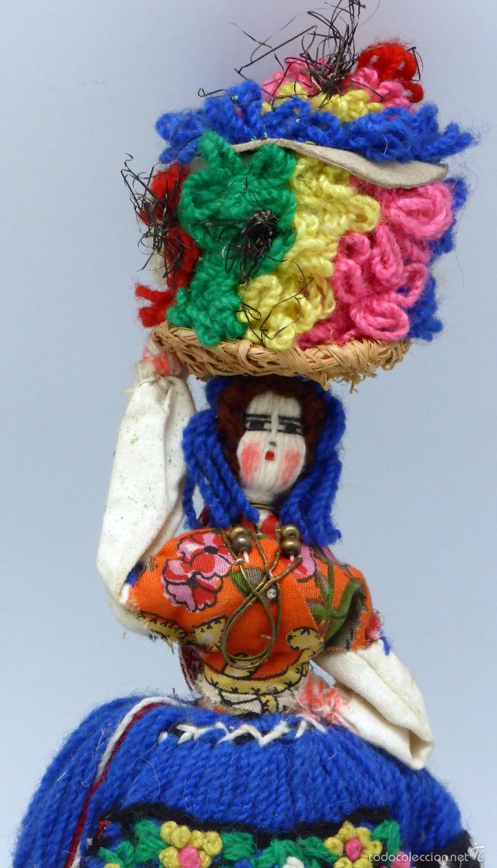 Muñecas Extranjeras: Muñeca traje regional recuerdo viaje trapo y tela años 60 29 cm alto - Foto 2 - 58623070