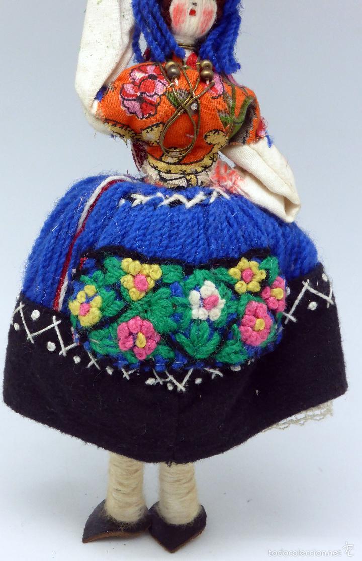 Muñecas Extranjeras: Muñeca traje regional recuerdo viaje trapo y tela años 60 29 cm alto - Foto 3 - 58623070